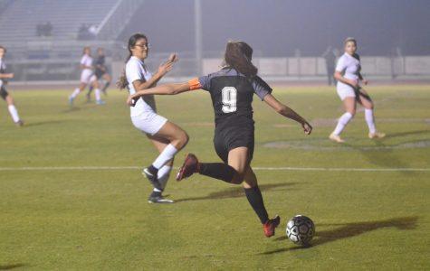 Girls Soccer Perseveres Through the Season