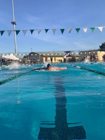 Selma High Swim Starts With a Splash