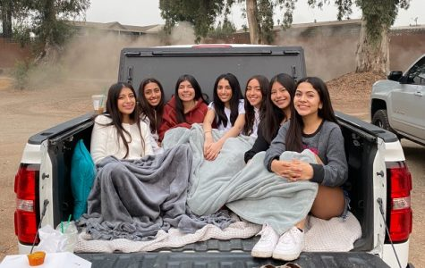 SHS seniors gather at Reedley Beach to participate in the virtual senior sunrise. Photo contributed by Pamela Hernandez
