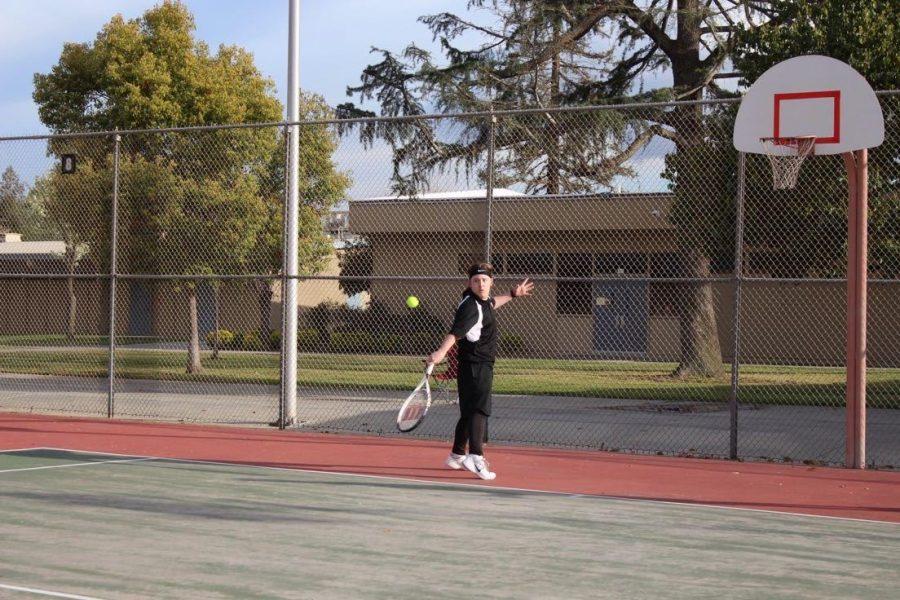 Boys%E2%80%99+Tennis+Prepares+to+Serve+An+Amazing+Season